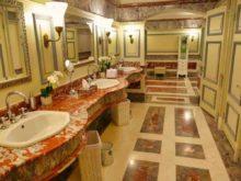Historische Toilette GUM Moskau Bild 005 220x165 - Historische Toilette im GUM Kaufhaus Moskau