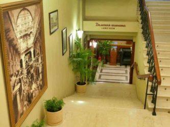 Historische Toilette GUM Moskau Bild 013 333x249 - Historische Toilette im GUM Kaufhaus Moskau